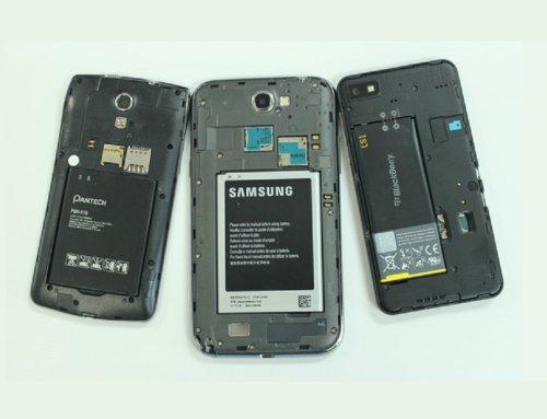 با شوک دادن به باتری موبایل آن را به زندگی برگردانید!